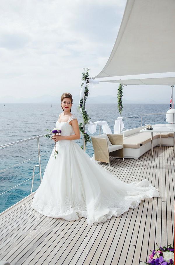 Yacht bride