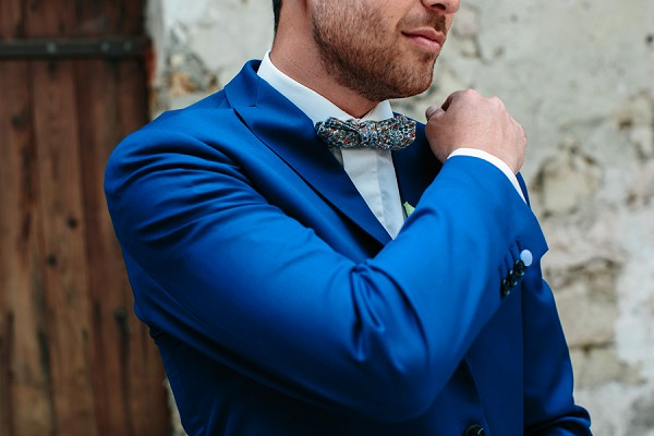 groom braces and bow tie