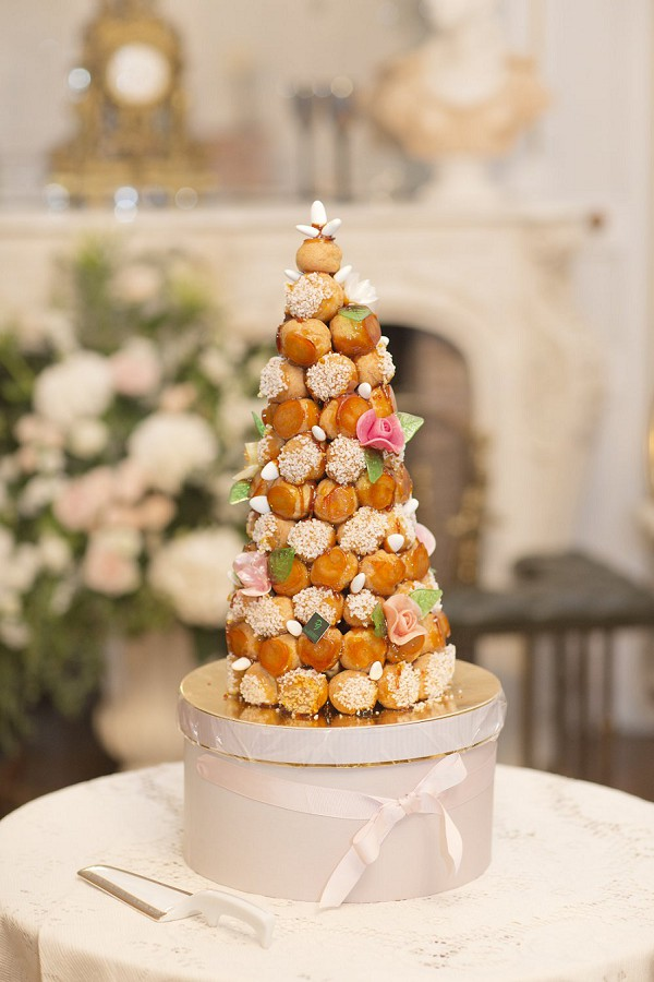 parisian wedding cakes delicious wedding cake roundup wedding style 18115