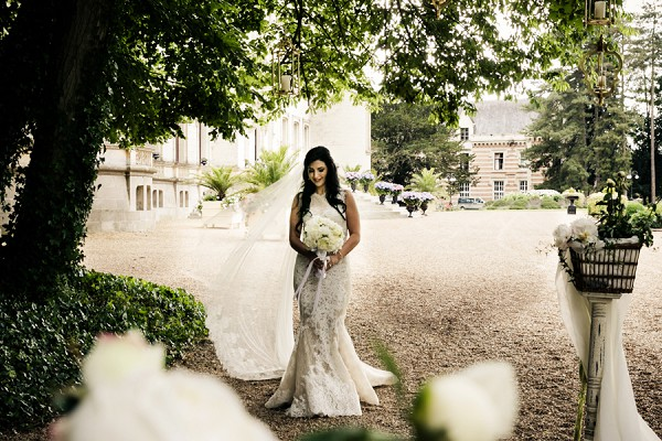 lace pronovias gown