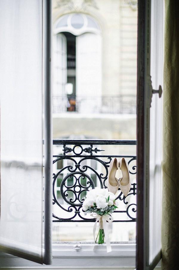 Romantic Spring Elopement in Paris