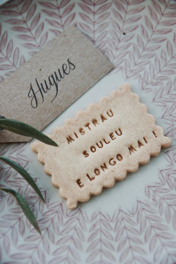personalised wedding biscuit