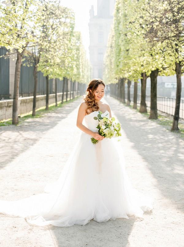 Elegant Paris Bride