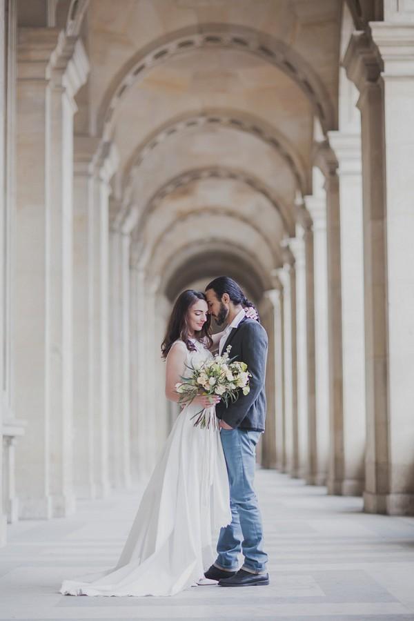 Elegant wedding Paris portrait