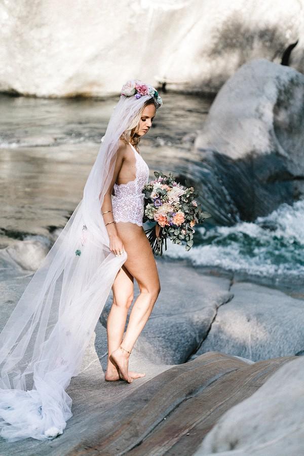 Lingerie & Bridal Veil