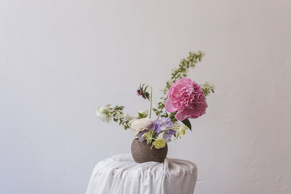 simple wedding flowers
