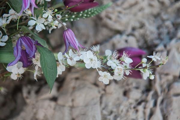 spring inspired wedding flowers