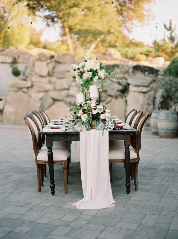 intimate wedding table