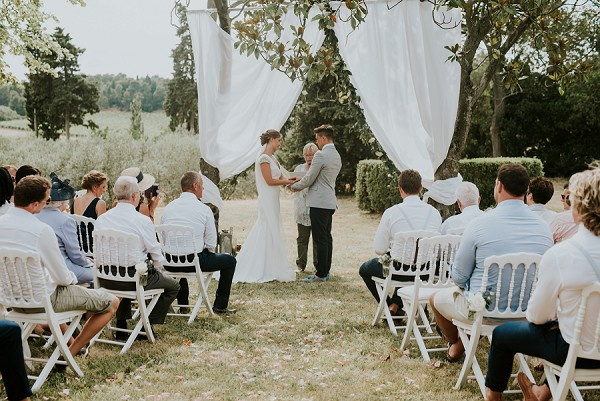 rustic countryside ceremony