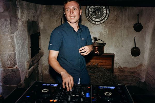 British DJ in France James Carr 06