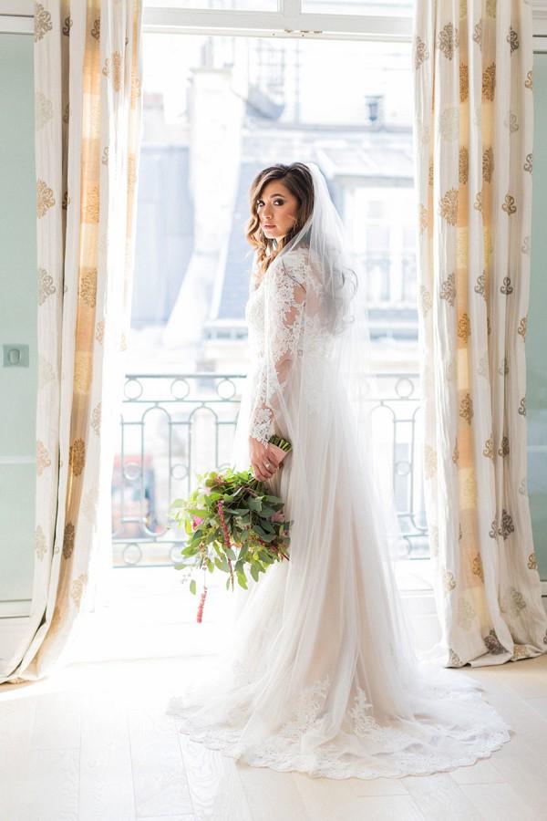 Elegant bridal portrait Paris