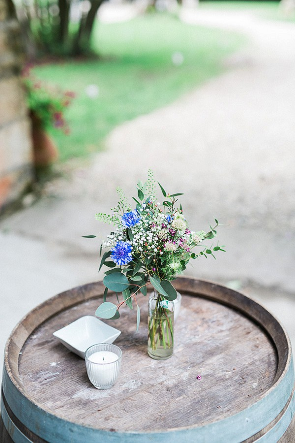sweet rustic wedding details