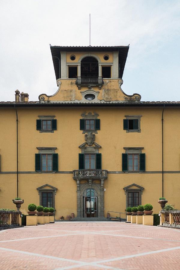 Tuscan villa wedding venue
