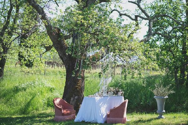 outdoor vintage wedding seating