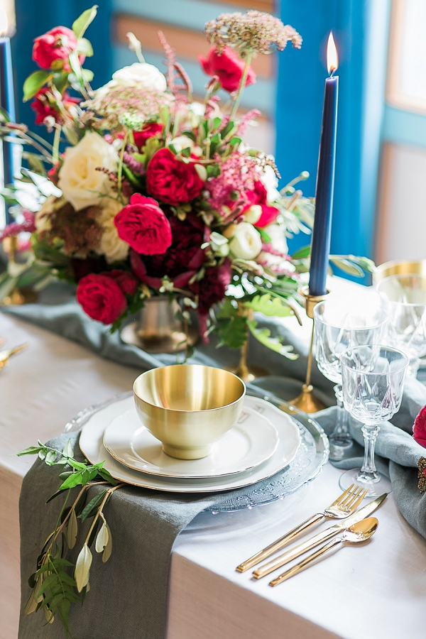 royal inspired wedding tablescape