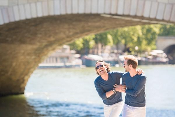 sweet Paris couple