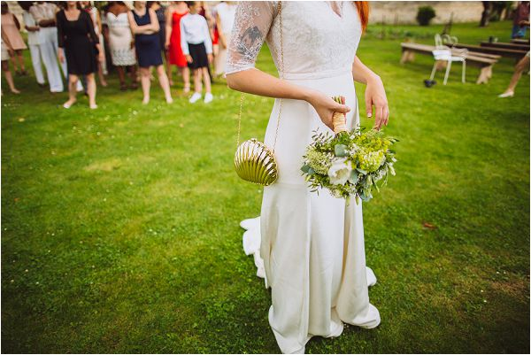 tossing the bouquet in France | Image by Ricardo Vieira