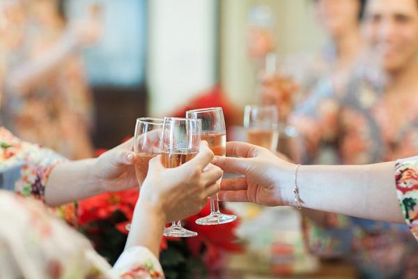 wedding breakfast champagne