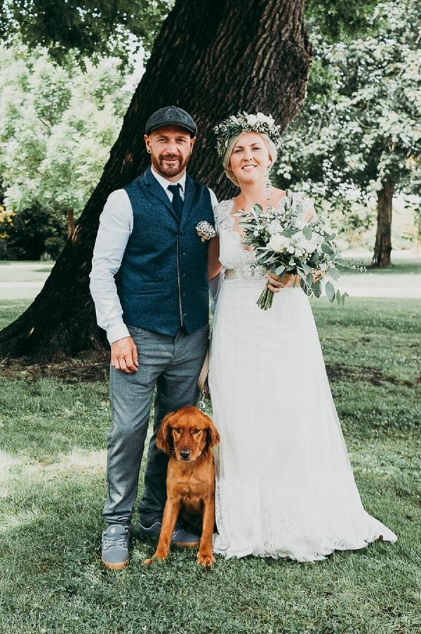 wedding photo with dog