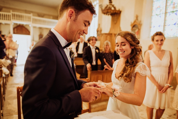 lace sleeve cap wedding dress