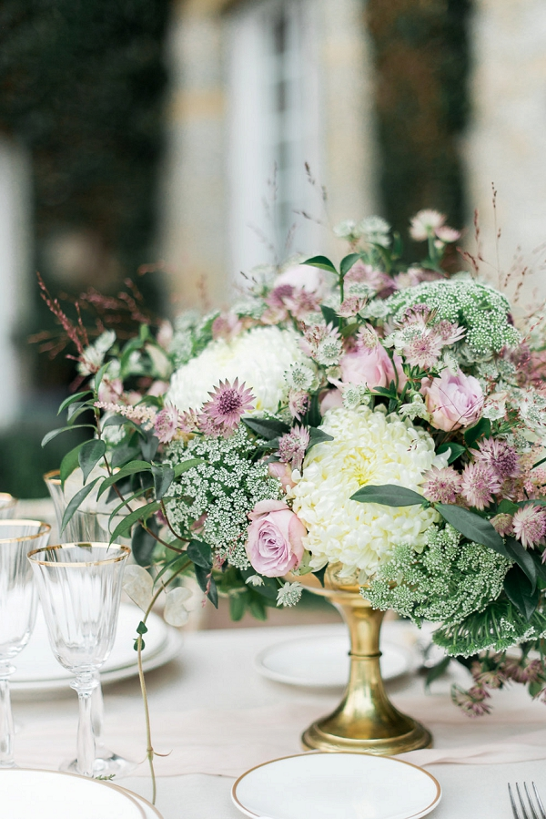 pink, cream and green wedding flowers