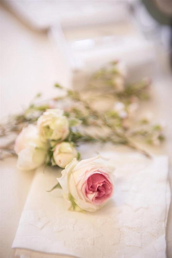 wedding day roses