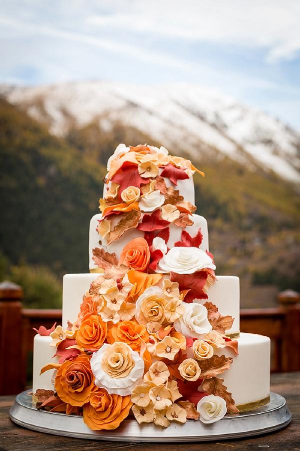 Autumn wedding cake inspo