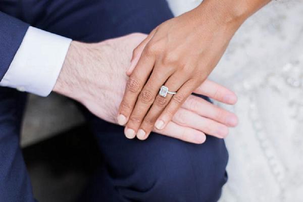 Elegant engagment ring