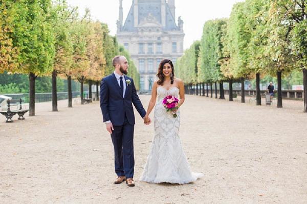 Enaura bride