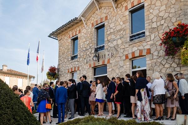 Saint Emilion local Mairie wedding