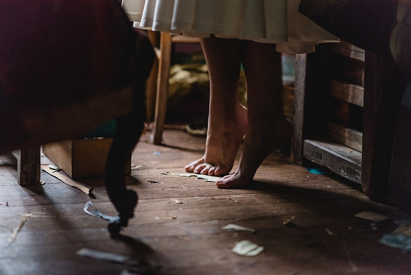 bare foot bride