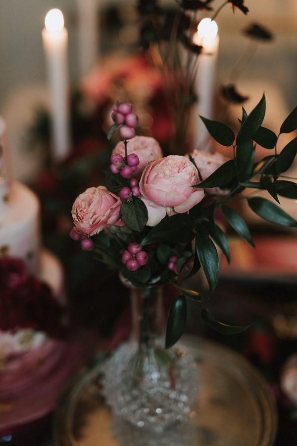 rose wedding decor
