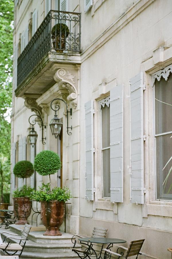 Chateau des Alpilles styled shoot