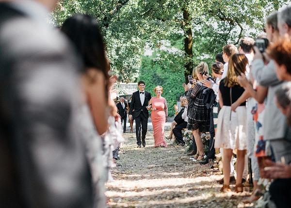 Mother & groom outdoor wedding aisle
