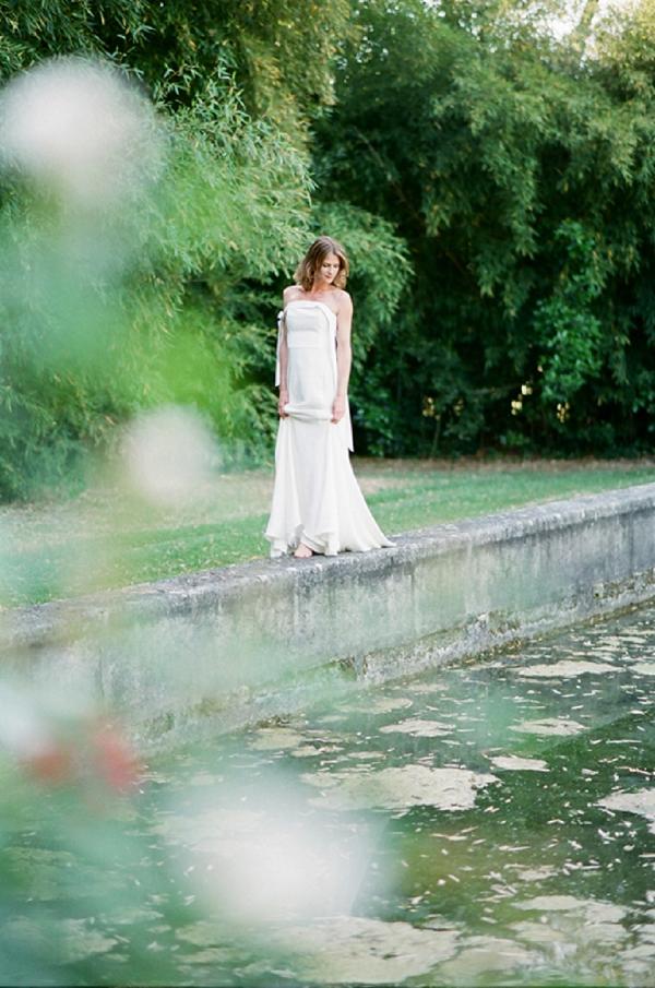 lake side wedding venue
