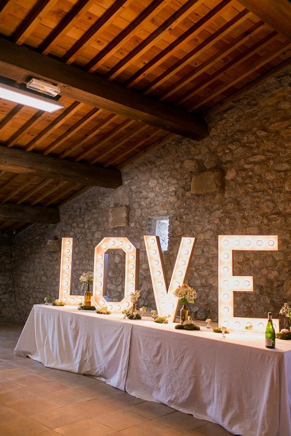 love wedding sign france