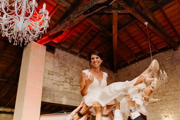 Bordeaux wedding traditions