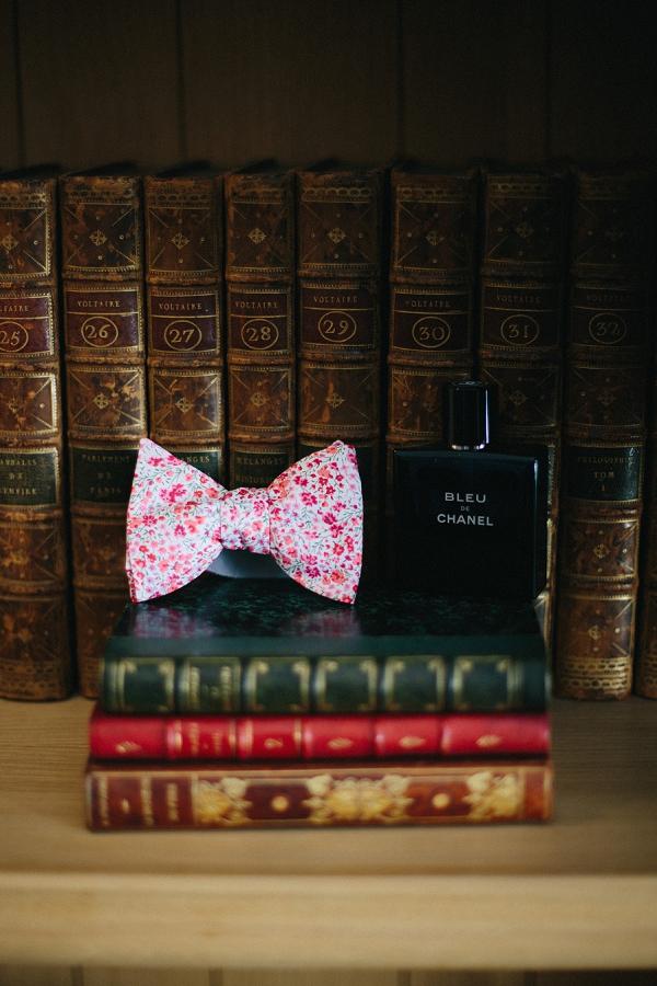 Bow tie groom details