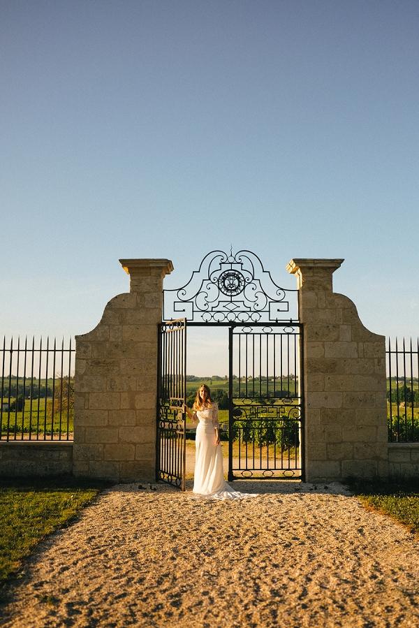 Château Soutard bridal portrait