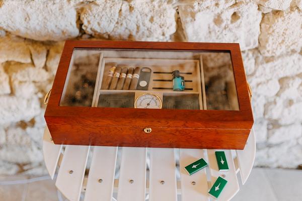 Wedding guest cigar ideas