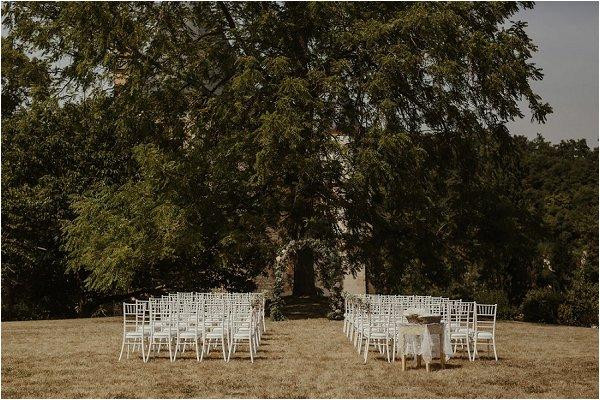 outdoor wedding ceremony ideas in France