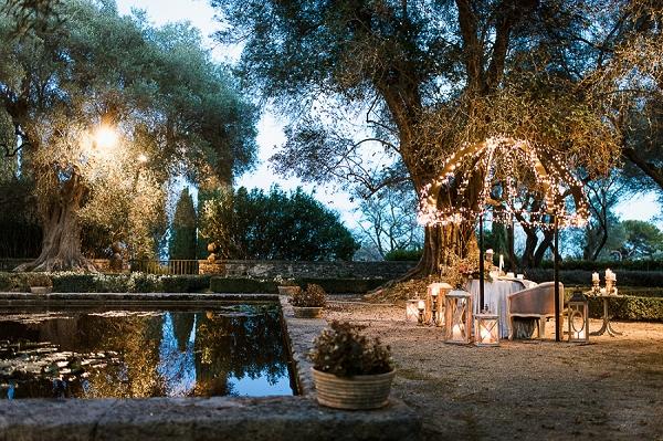 romantic wedding lighting