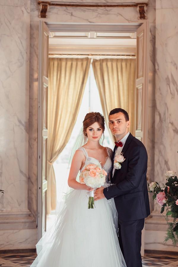 Romantic real wedding paris