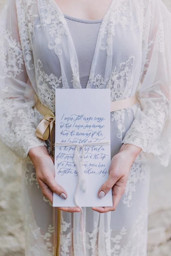 romantic bridal prep photos
