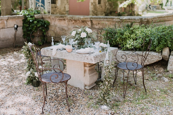 rustic outdoor wedding styling