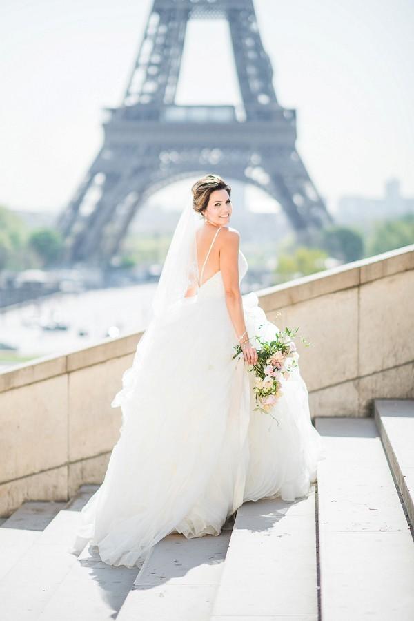 Paris springtime bridal portrait