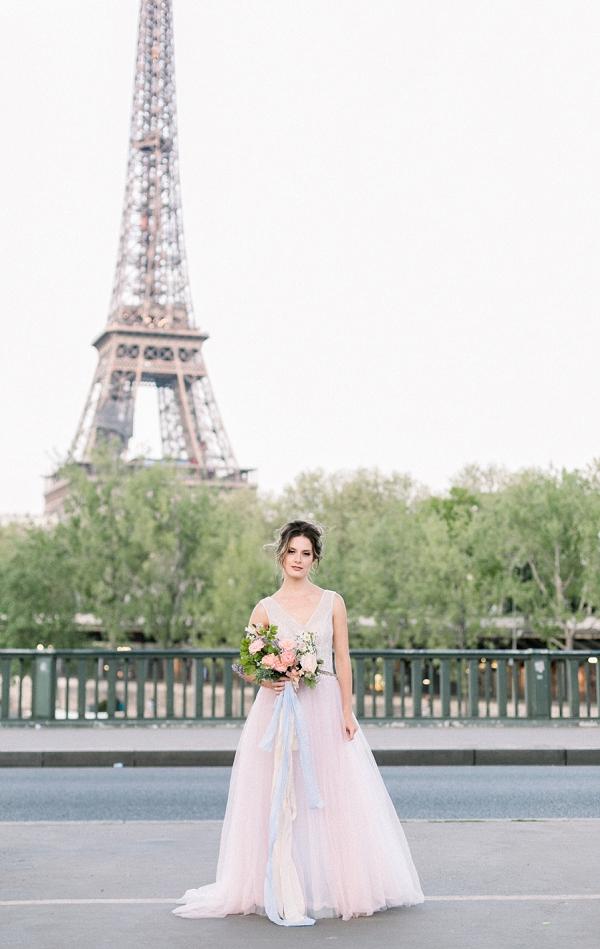 bridal bouquet ribbons