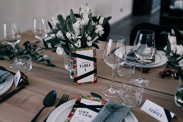 simple modern wedding table