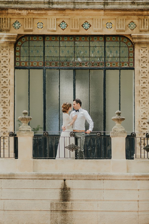 Chateau de la Beaumetane wedding portraits