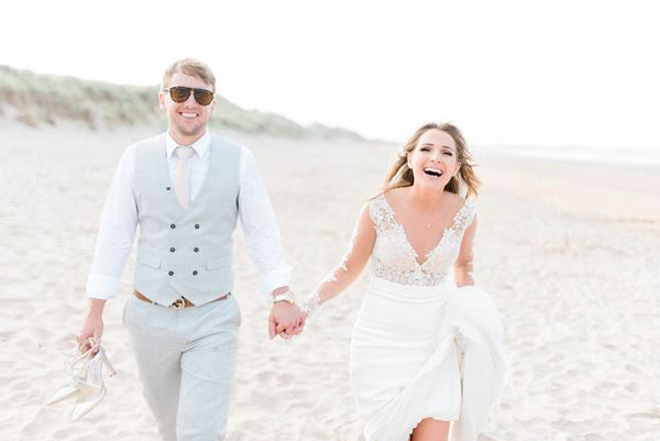 Destination Wedding Photographer Sarah Jane Ethan Beach Wedding